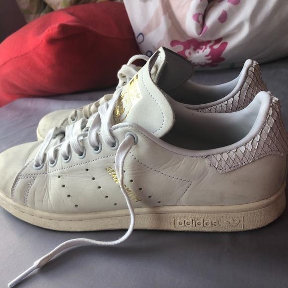 brand new 62353 89643 Adidas Stan Smith White & Gold
